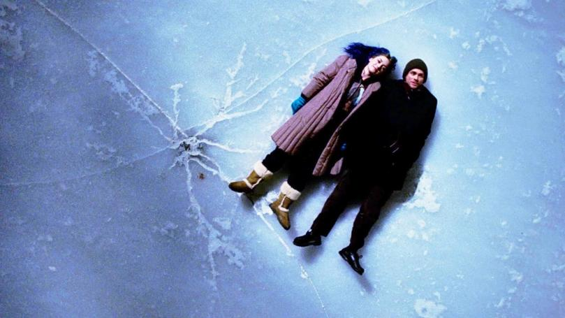 Jim Carrey & Kate Winslet star in Eternal Sunshine of the Spotless Mind
