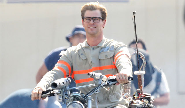 "Exclusive... Chris Hemsworth Films ""Ghostbusters"""
