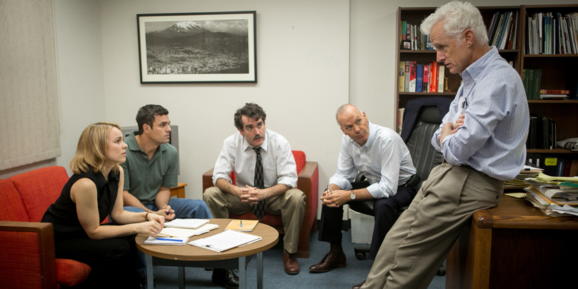 Mark Ruffalo, Michael Keaton, Rachel McAdams, John Slattery & Brian d'Arcy all star in Spotlight.