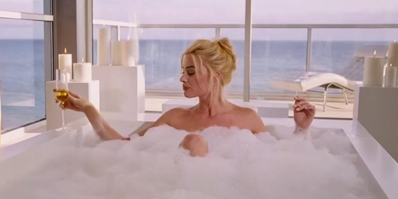 Margot Robbie taking a bath in The Big Short