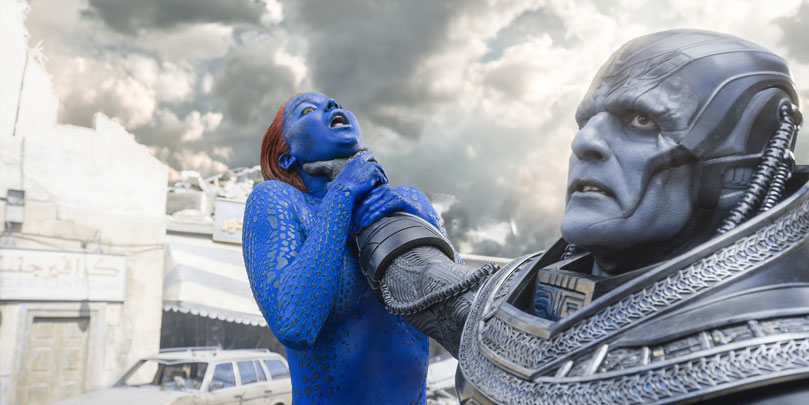 Oscar Isaac and Jennifer Lawrence as Apocalypse and Mystique in X-Men: Apocalypse